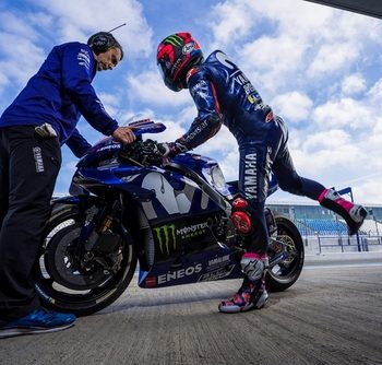 VETEMENTS MAVERICK VINALES