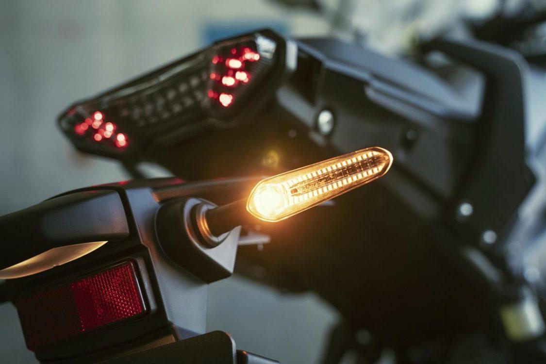 CLIGNOTANTS LED Tracer 700 2020