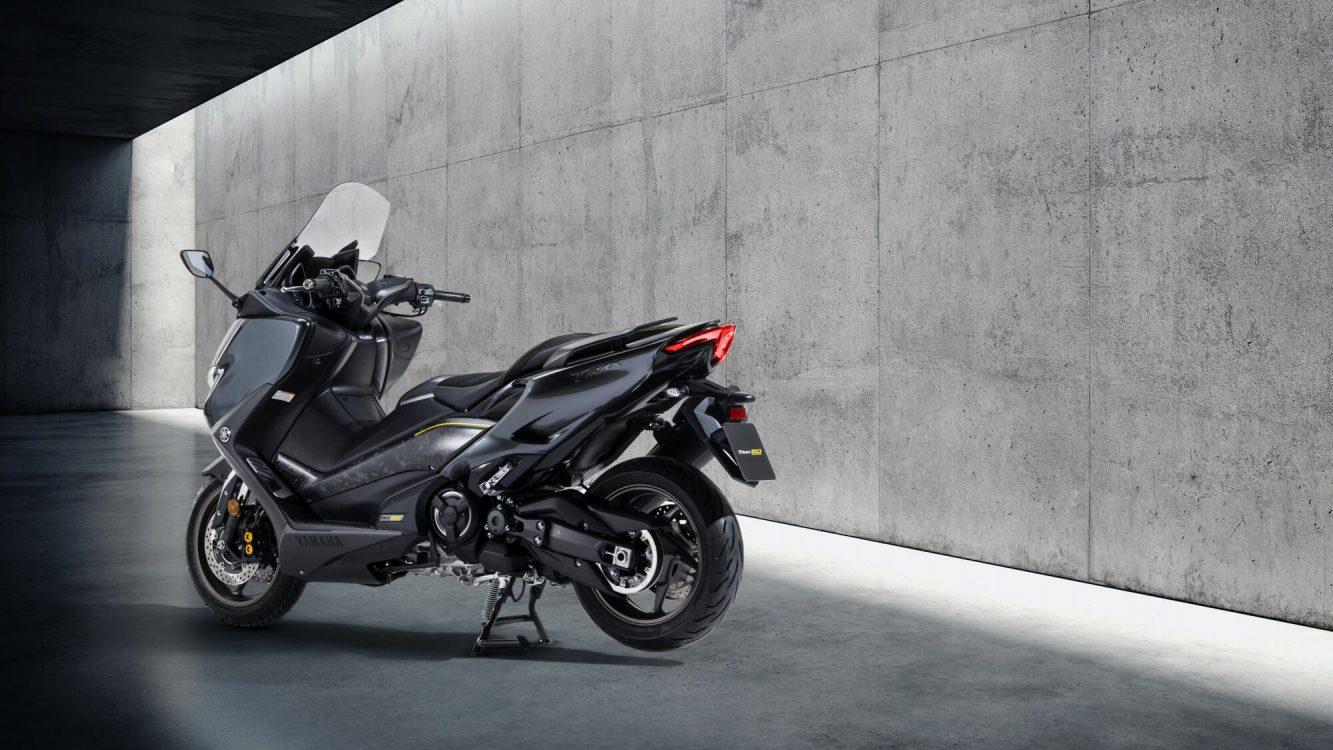 Yamaha TMAX 20 EME ANNIVERSAIRE (1)
