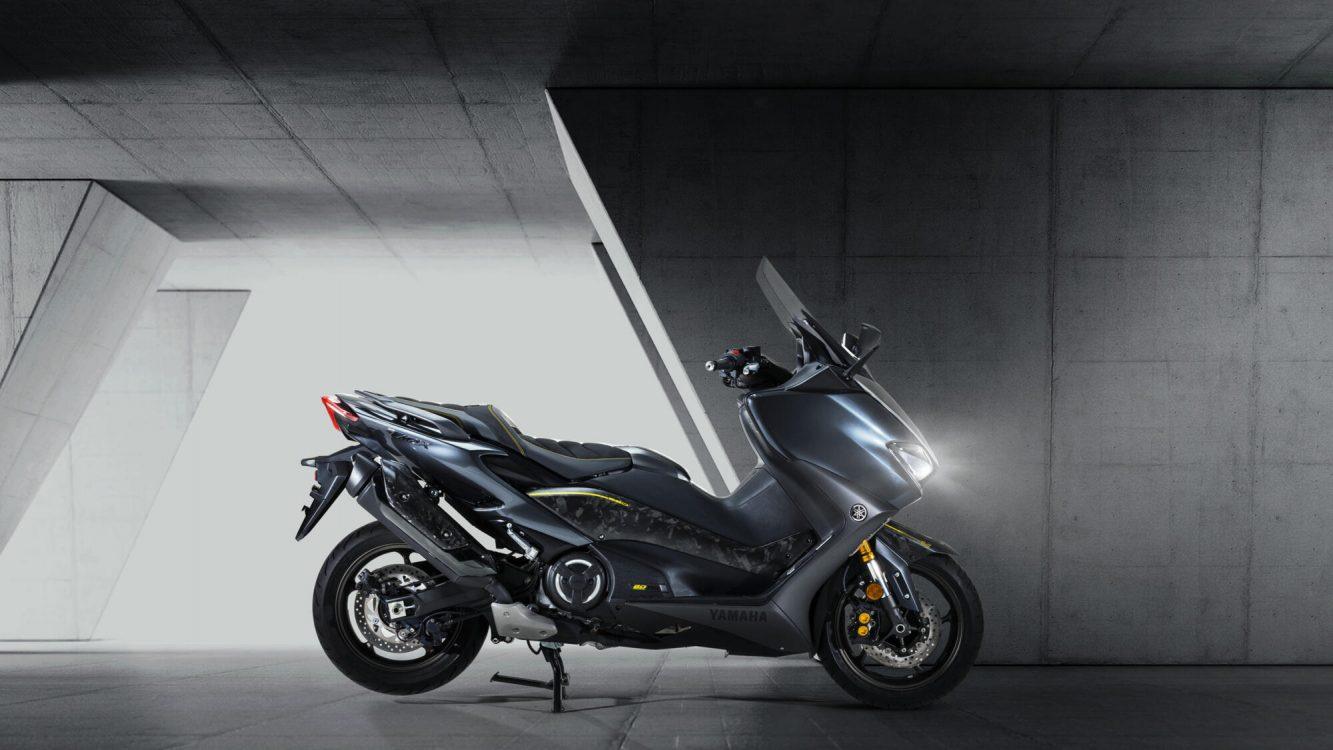 Yamaha TMAX 20 EME ANNIVERSAIRE (3)