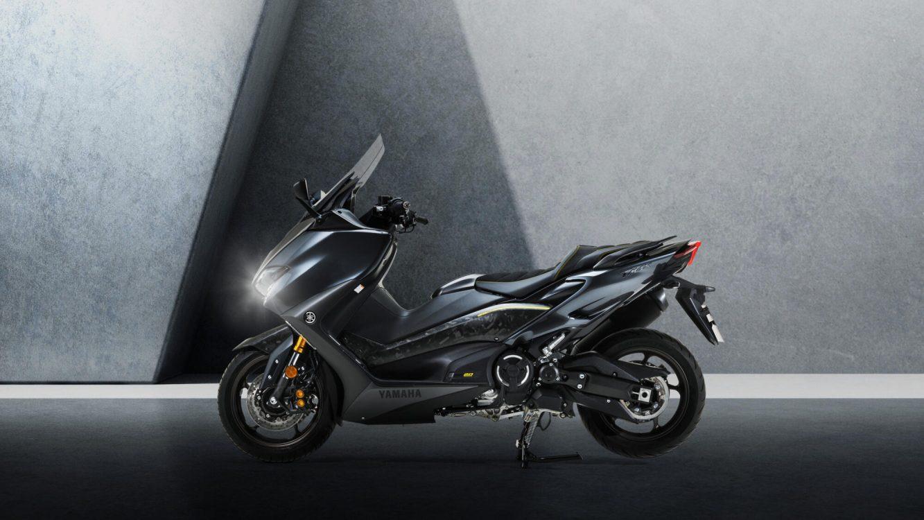 Yamaha TMAX 20 EME ANNIVERSAIRE (4)