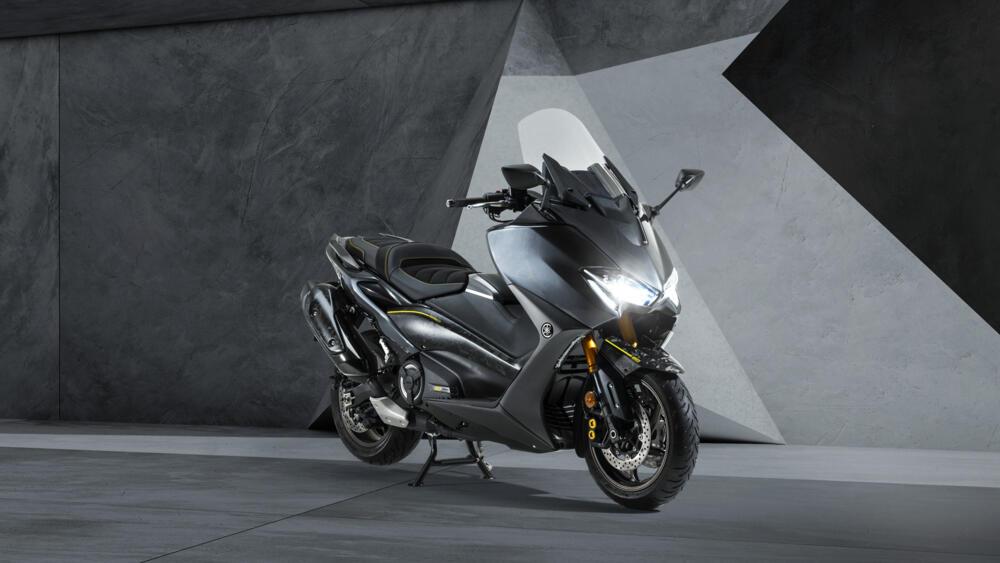 Yamaha TMAX 20 ème Anniversaire